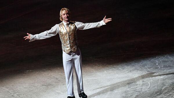 Евгений Плющенко выступает в ледовом шоу Щелкунчик 2 в СК Олимпийский в Москве, фото из архива - Sputnik Azərbaycan