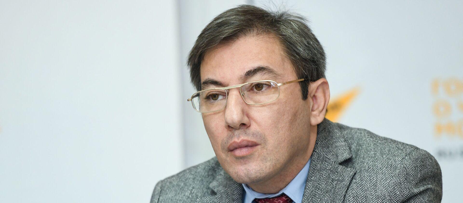 Политолог Ильгар Велизаде - Sputnik Азербайджан, 1920, 02.02.2021