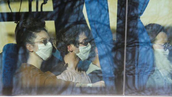 Ситуация в связи с эпидемиологической обстановкой в Франции - Sputnik Azərbaycan