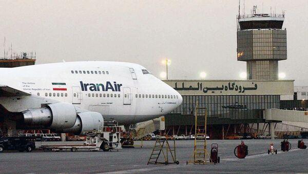 Пассажирский самолет авиакомпании IranAir, фото из архива - Sputnik Азербайджан