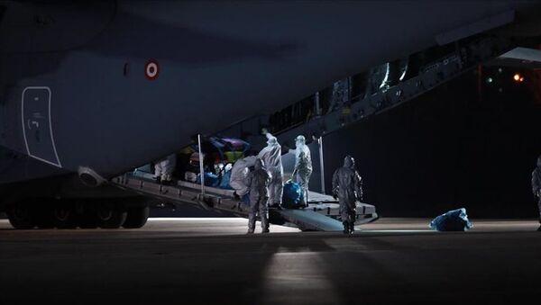 Эвакуация граждан Азербайджана и Турции из Китая - Sputnik Azərbaycan