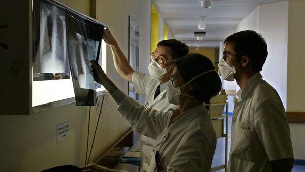 Рентген легких, фото из архива - Sputnik Азербайджан