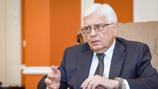 Чрезвычайный и полномочный посол Российской Федерации в Азербайджане Михаил Николаевич Бочарников - Sputnik Азербайджан
