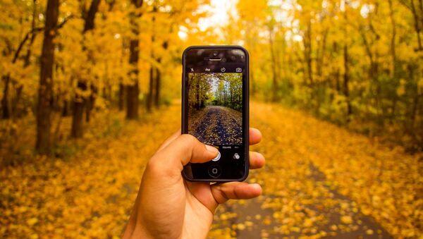 Фотосъемка природы на смартфон, фото из архива - Sputnik Азербайджан