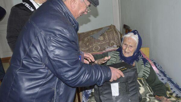 Lənkəranın 115 yaşlı seçicisi - Şabikə Fərhad qızı Axundova - Sputnik Азербайджан