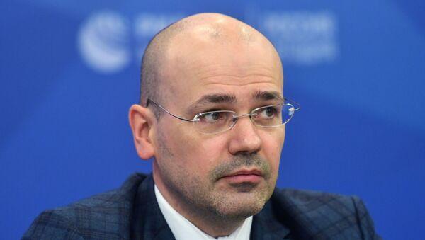 Первый проректор Финансового университета при Правительстве РФ, генеральный директор Фонда национальной энергетической безопасности Константин Симонов - Sputnik Азербайджан