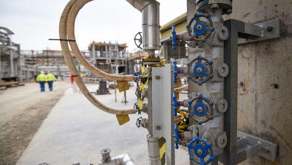 Модернизация завода Этилен-полиэтилен в Сумгаите - Sputnik Азербайджан