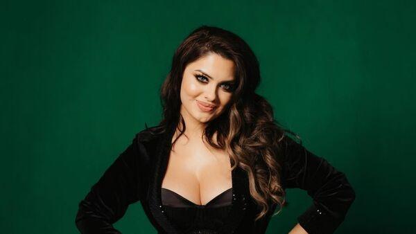 Азербайджанская певица Мина Гусейн, фото из архива - Sputnik Azərbaycan