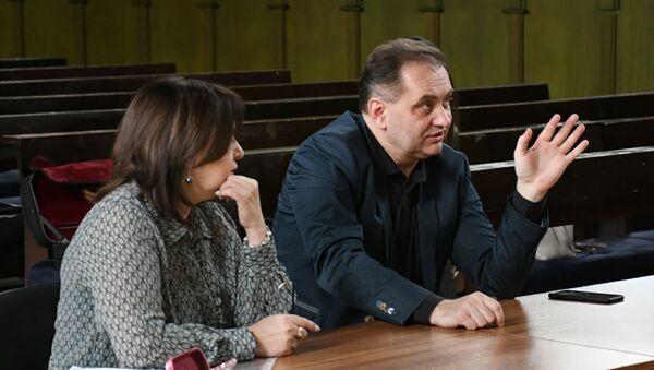 Роман Федчук провел мастер-класс для молодых азербайджанских коллег - Sputnik Азербайджан
