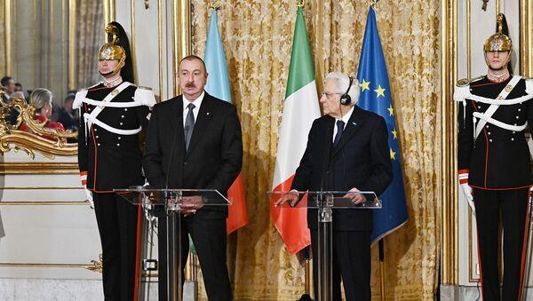 Президенты Азербайджана и Италии выступили с заявлениями для печати - Sputnik Азербайджан