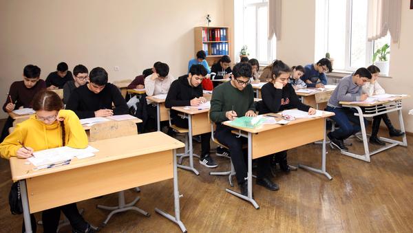В одной из школ, фото из архива - Sputnik Azərbaycan