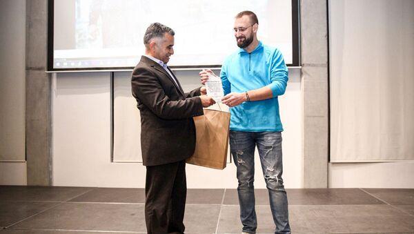Фотограф Sputnik Азербайджан Мурад Оруджев удостоен премии в номинации Фоторепортер - Sputnik Азербайджан