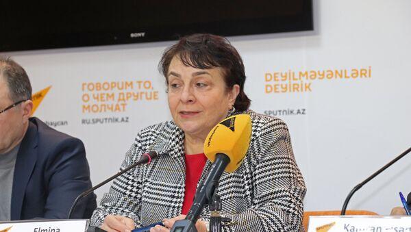 Председатель Совета по оценке учебников при министерстве образования Азербайджана Эльмина Кязимзаде - Sputnik Азербайджан