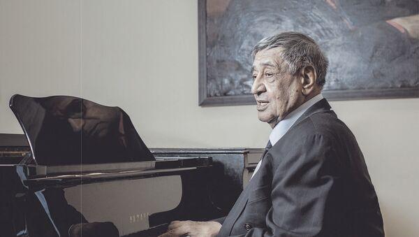 Ариф Меликов, фото из архива - Sputnik Азербайджан