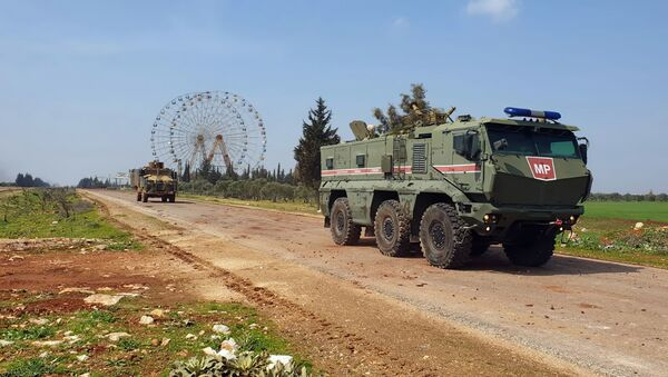 Турецкая и российская военная техника в Идлибе - Sputnik Азербайджан