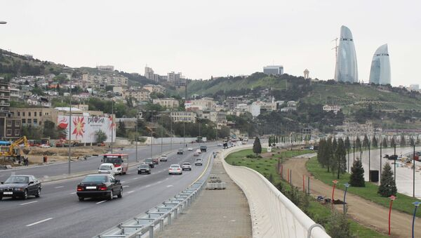 Новая трасса при въезде в город Баку  - Sputnik Азербайджан