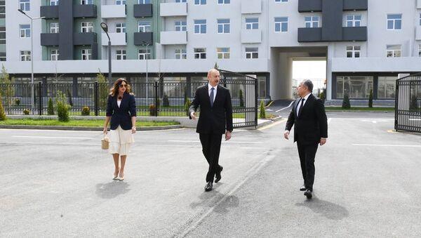 Prezident İlham Əliyev Hövsan yaşayış kompleksinin açılışında - Sputnik Азербайджан