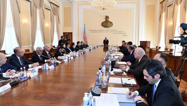 Заседание оперативного штаба в Кабинете министров под председательством премьер министра Али Асадова - Sputnik Азербайджан
