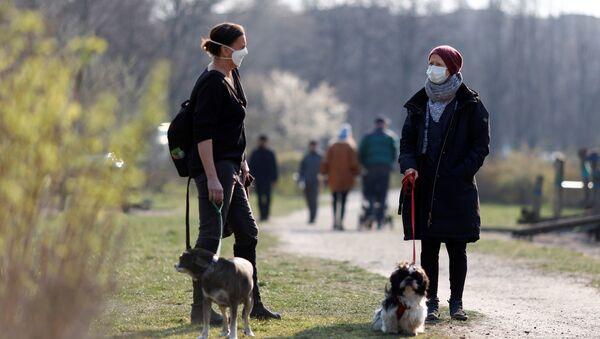Ситуация в связи с эпидемиологической обстановкой в Германии  - Sputnik Азербайджан