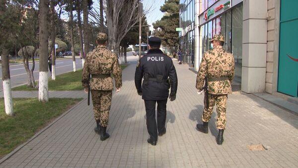 Сотрудники полиции и внутренних войск - Sputnik Азербайджан