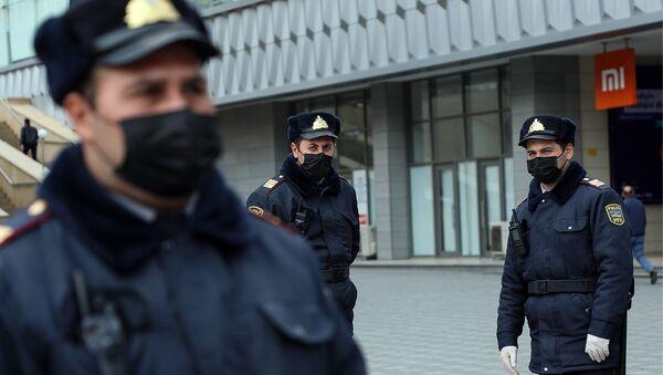 Контроль за ситуацией в связи с эпидемиологической обстановкой в Баку - Sputnik Азербайджан