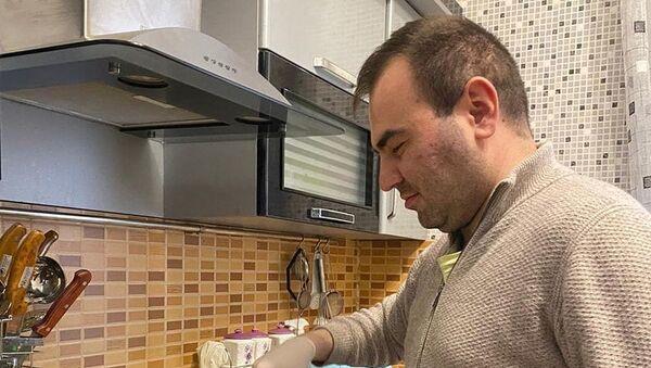 Шахрияра Мамедъяров на кухне - Sputnik Азербайджан