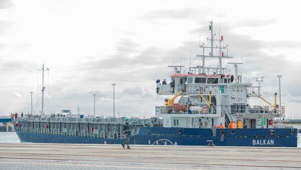 Судно Балкан, предназначенное для перевозки грузов - Sputnik Азербайджан