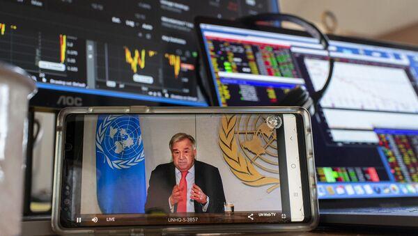 ООН предлагают работникам креативных индустрий помочь в борьбе с коронавирусом  - Sputnik Азербайджан