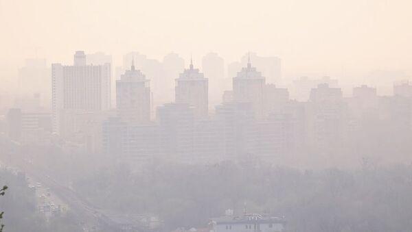 Киев окутал смог из Чернобыльской зоны - Sputnik Азербайджан