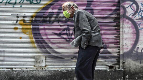 Пожилой человек, фото из архива - Sputnik Azərbaycan