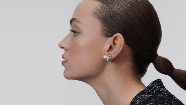 Chanel: модные видеосоветы - Sputnik Азербайджан