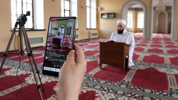 Онлайн трансляция хатма в Галеевской мечети в Казани - Sputnik Азербайджан