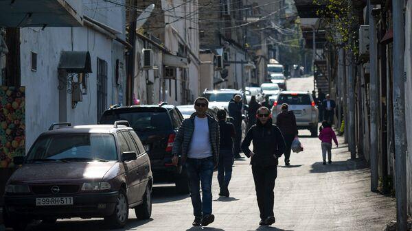 Bakıda insanlar - Sputnik Azərbaycan