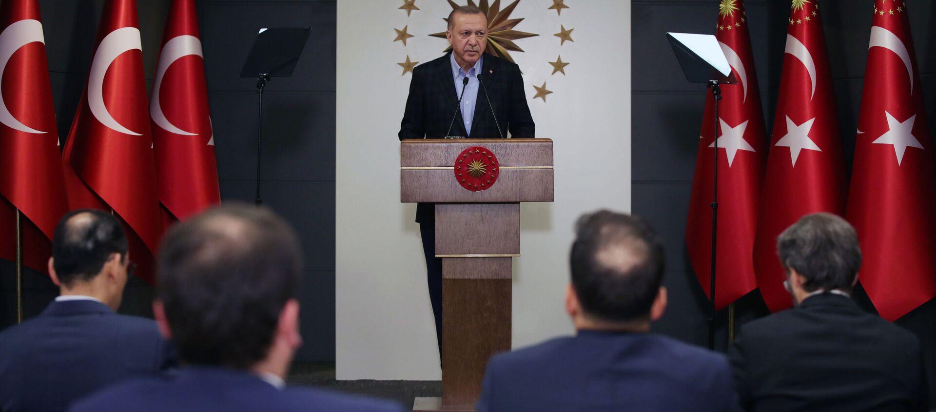 Президент Турции Реджеп Тайип Эрдоган - Sputnik Азербайджан, 1920, 01.05.2020
