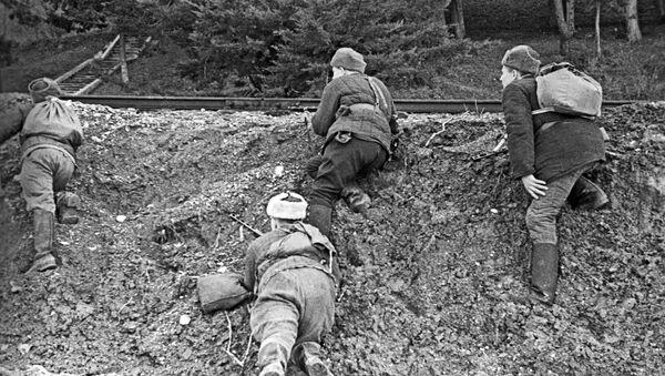 Партизанское движение в Крыму во время Великой Отечественной войны 1941-1945 годов - Sputnik Азербайджан