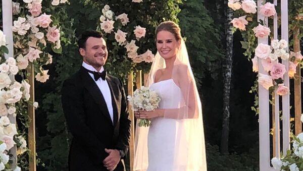Эмин Агаларов и Алена Гаврилова в день свадьбы, 14 июля 2018 года - Sputnik Азербайджан