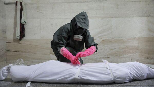Человек скончавшийся от COVİD-19  в Иране, фото из архива - Sputnik Azərbaycan