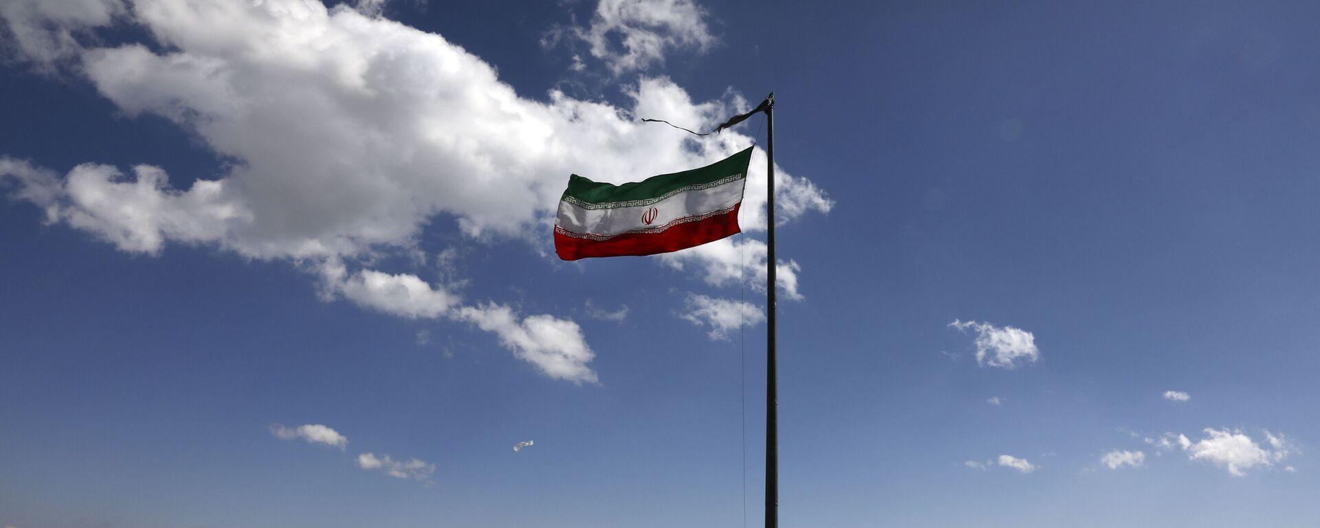 Tehranda İran bayrağı, arxiv şəkli - Sputnik Azərbaycan, 1920, 05.10.2021