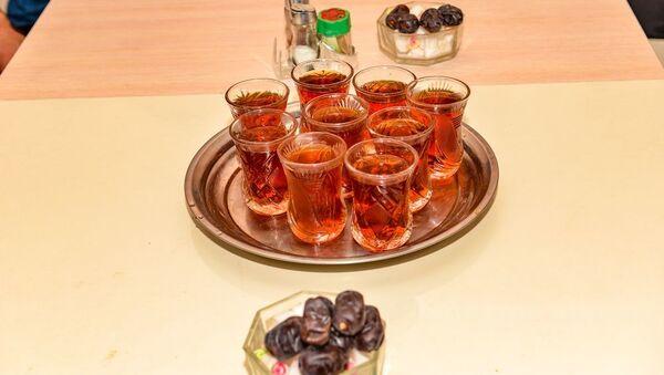 İftar süfrəsi - Sputnik Азербайджан