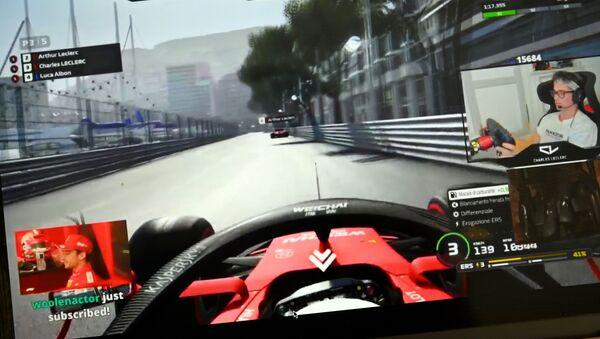 Виртуальные гонки «Формула-1», фото из архива - Sputnik Азербайджан