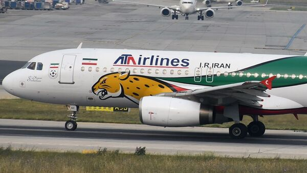 Самолет Airbus A320 иранской авиакомпании ATA Airlines - Sputnik Азербайджан