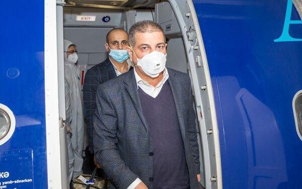 Пассажиры авиарейса Москва-Баку - Sputnik Азербайджан