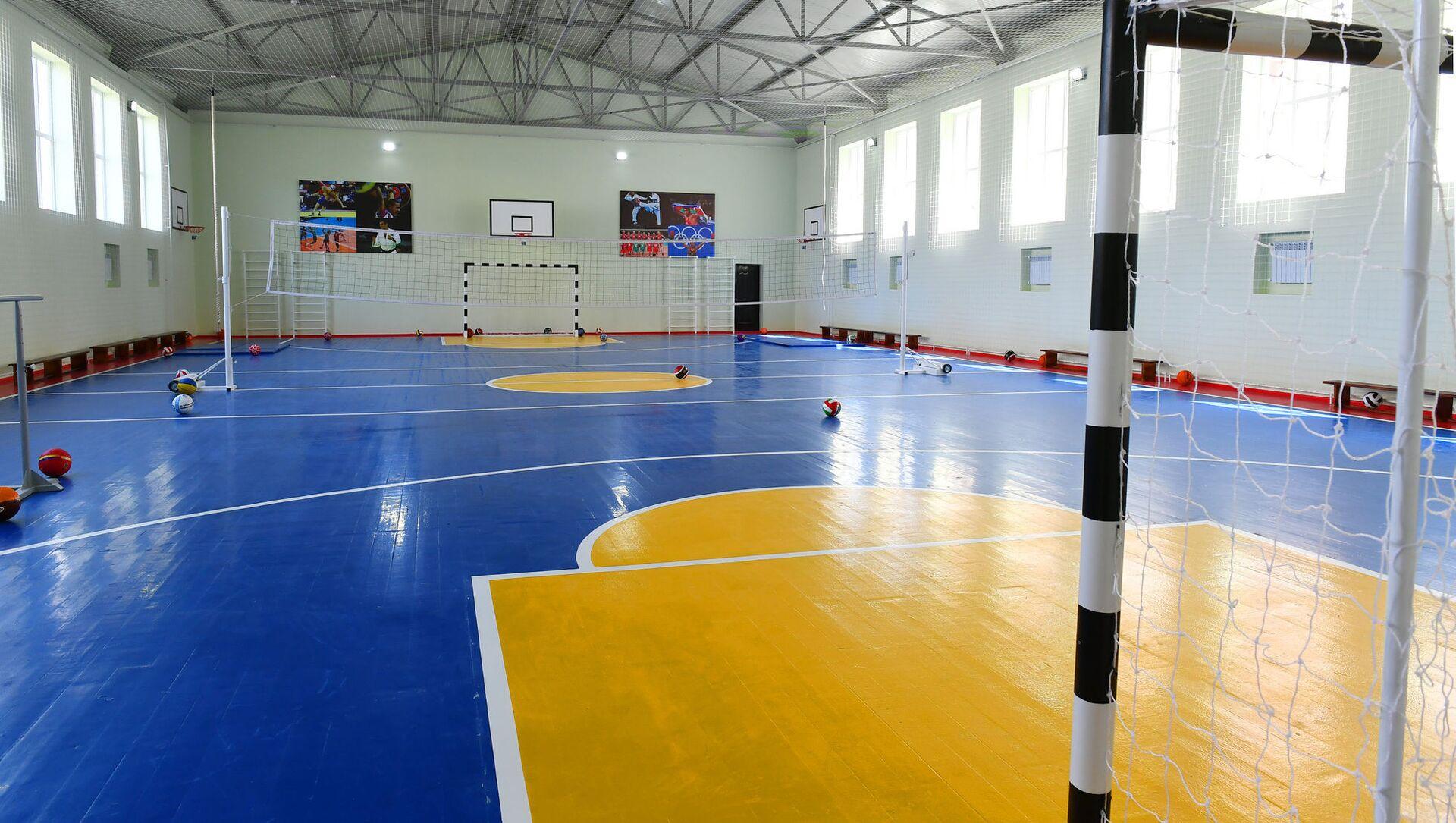 Спортзал в школе, фото из архива - Sputnik Azərbaycan, 1920, 10.09.2021