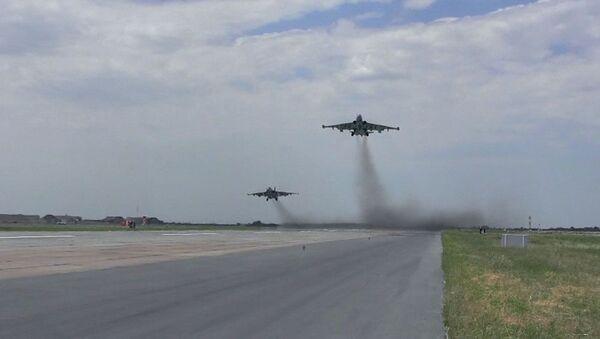 HHQ-nin aviasiyasının döyüş atışlı taktiki-uçuş təlimləri - Sputnik Азербайджан