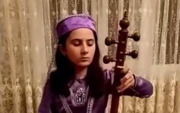 Церемония награждения и гала-концерт международного фольклорного, классического и современного фестиваля искусств Üç alov (Три огня) в онлайн-формате - Sputnik Азербайджан