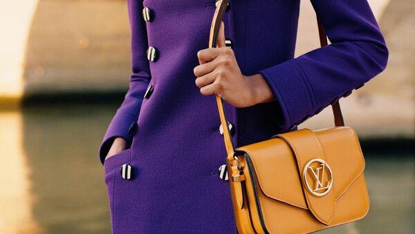 Louis Vuitton наводит мосты - Sputnik Азербайджан