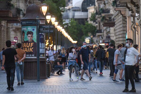 Баку за день до ужесточения карантинного режима - Sputnik Азербайджан