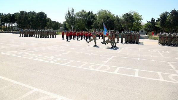 Церемония принятия Военной присяги в учебных частях и подразделениях Азербайджанской Армии - Sputnik Azərbaycan