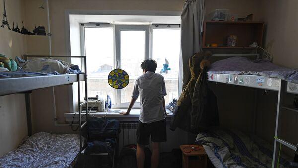 Студент в общежитии вуза, фото из архива - Sputnik Азербайджан