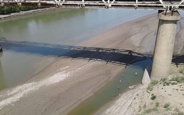 Снижение уровня воды в низовьях Куры - Sputnik Азербайджан
